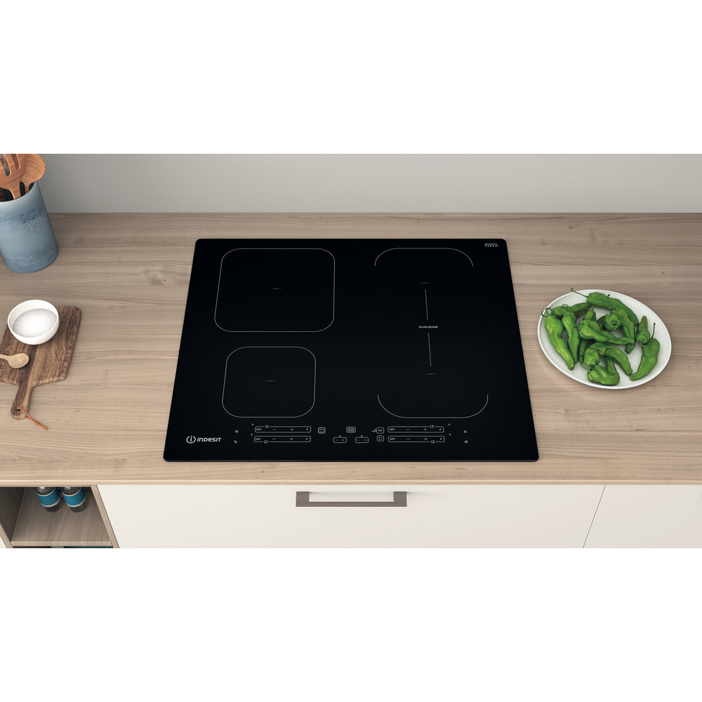 Indesit Table de cuisson IB 65B60 NE Noir Induction vitroceramic Lifestyle frontal top down