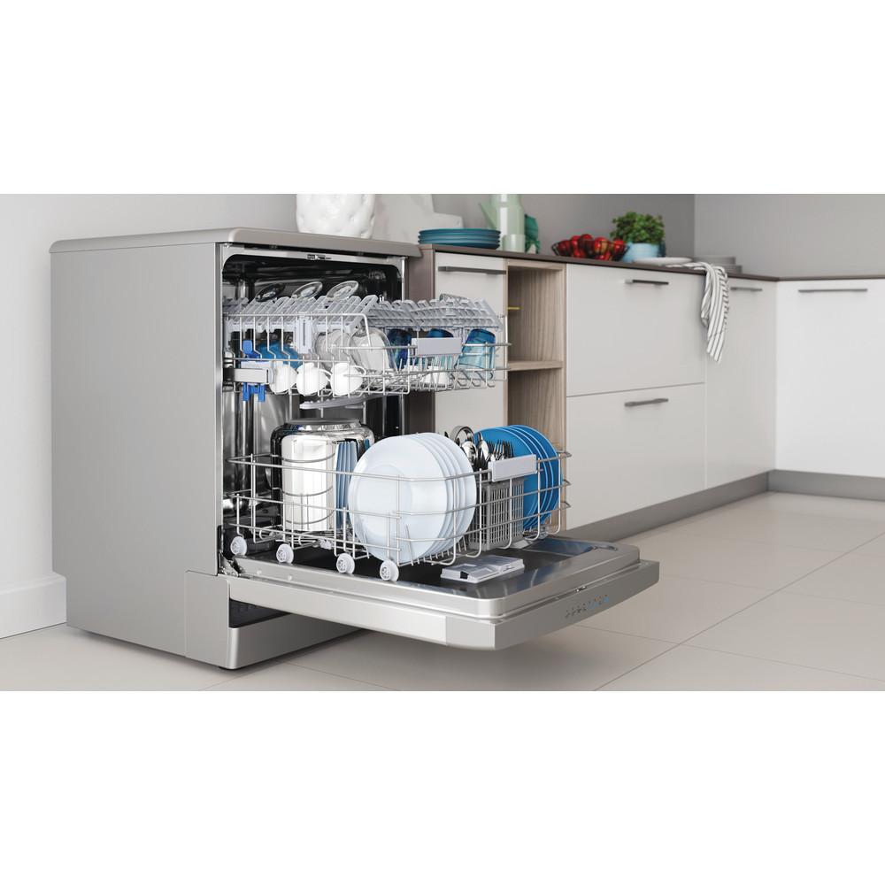 Indesit Mašina za pranje posuđa Samostojeći DFO 3C26 X Samostojeći E Lifestyle perspective open