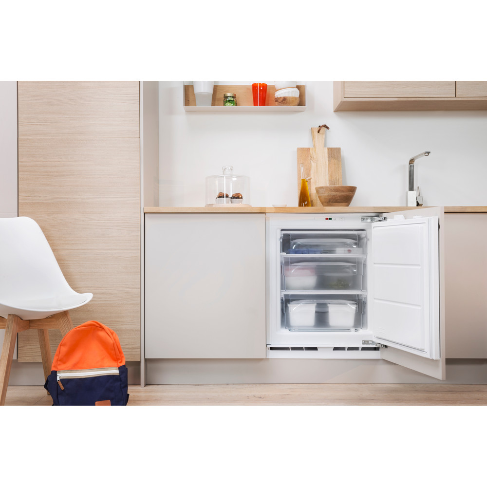 Indesit Freezer Built-in IZ A1.UK 1 Steel Lifestyle frontal open