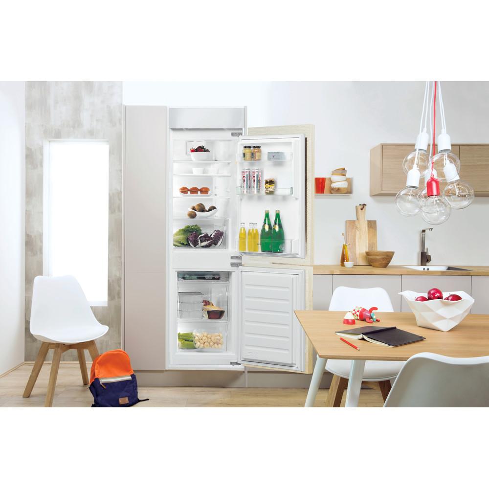 Indesit Combinazione Frigorifero/Congelatore Da incasso B 18 A1 D V E S/I 1 Bianco 2 porte Lifestyle frontal open