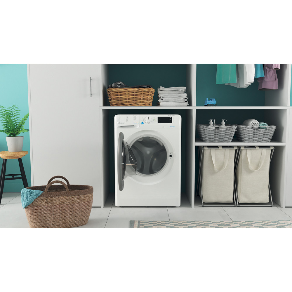 Indesit Kombineret vaskemaskine/tørretumbler Fritstående BDE 861483X WS EU N Hvid Frontbetjent Lifestyle frontal open