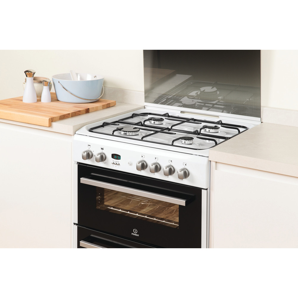 Indesit Double Cooker DD60G2CG(W)/UK White A+ Enamelled Sheetmetal Lifestyle_Perspective