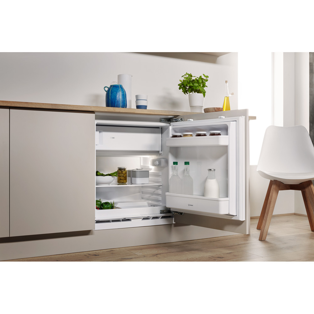 Indesit Refrigerator Built-in IF A1.UK Steel Lifestyle perspective open