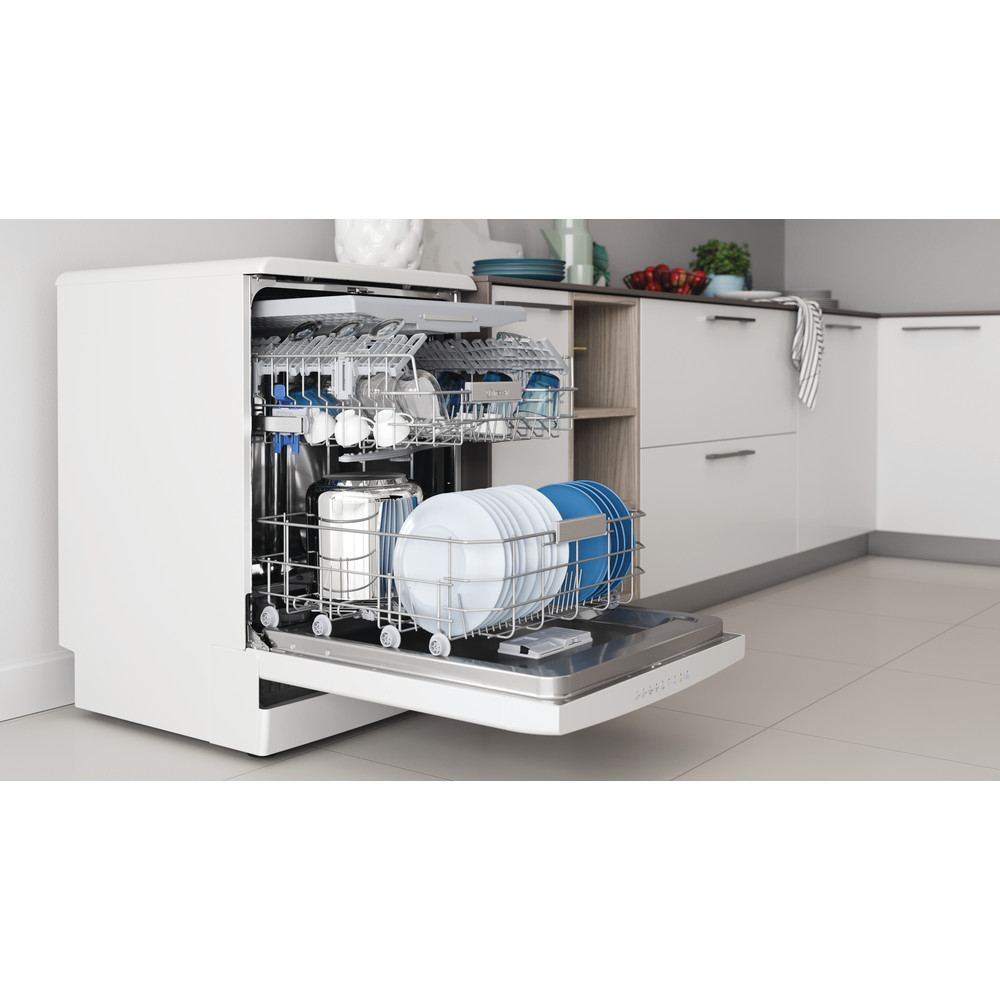 Indesit Dishwasher Free-standing DFO 3T133 F UK Free-standing D Lifestyle perspective open
