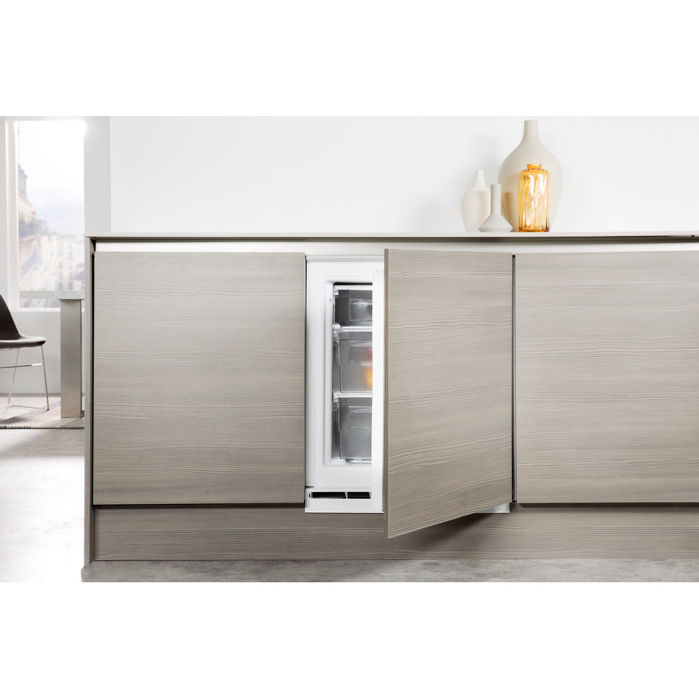 Whirlpool AFB 91/A+/FR.1 Built in Under-Counter Freezer 91L