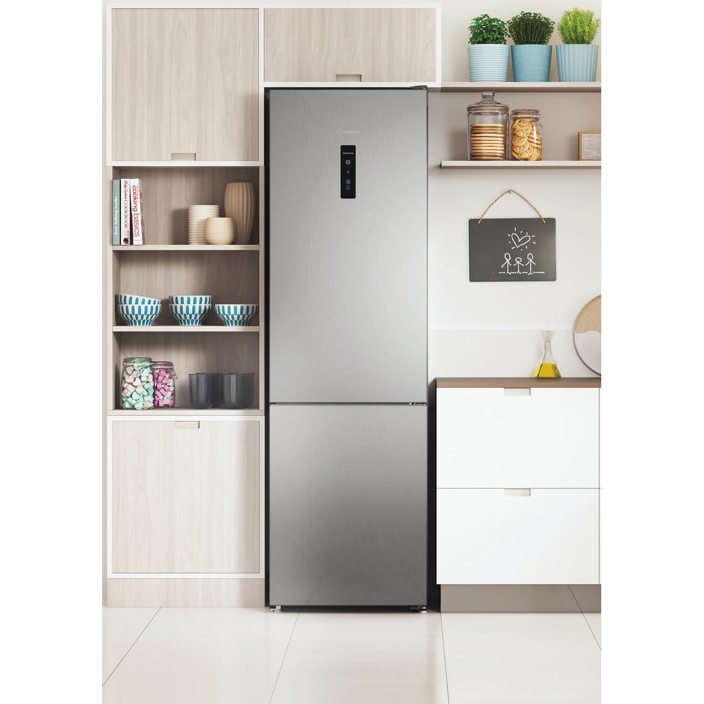 Indesit Холодильник с морозильной камерой Отдельностоящий ITR 5200 X Inox 2 doors Lifestyle frontal