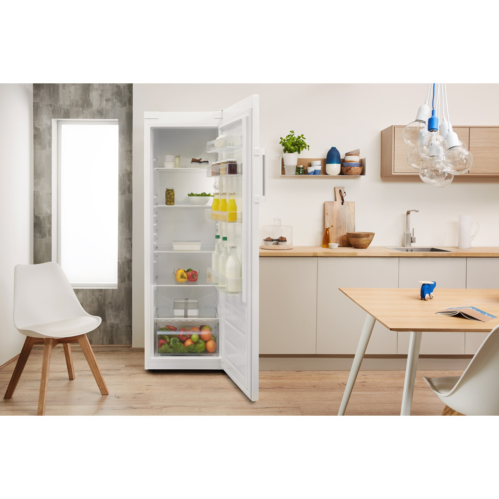 Indesit Réfrigérateur Pose-libre SI6 1 W Blanc Lifestyle frontal open