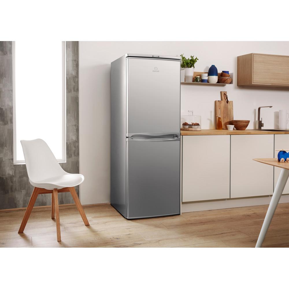 Indesit Комбиниран хладилник с камера Свободностоящи CAA 55 NX Инокс 2 врати Lifestyle perspective