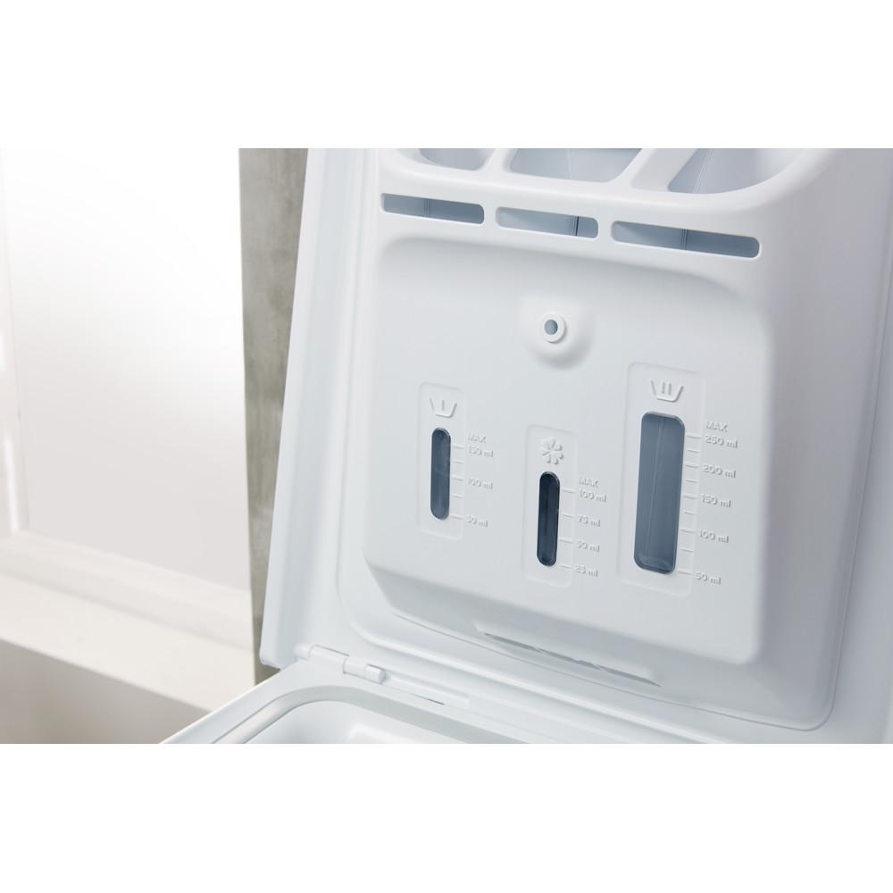 Indesit Стиральная машина Отдельностоящий BTW D51052 (RF) Белый Вертикальная загрузка A Drawer