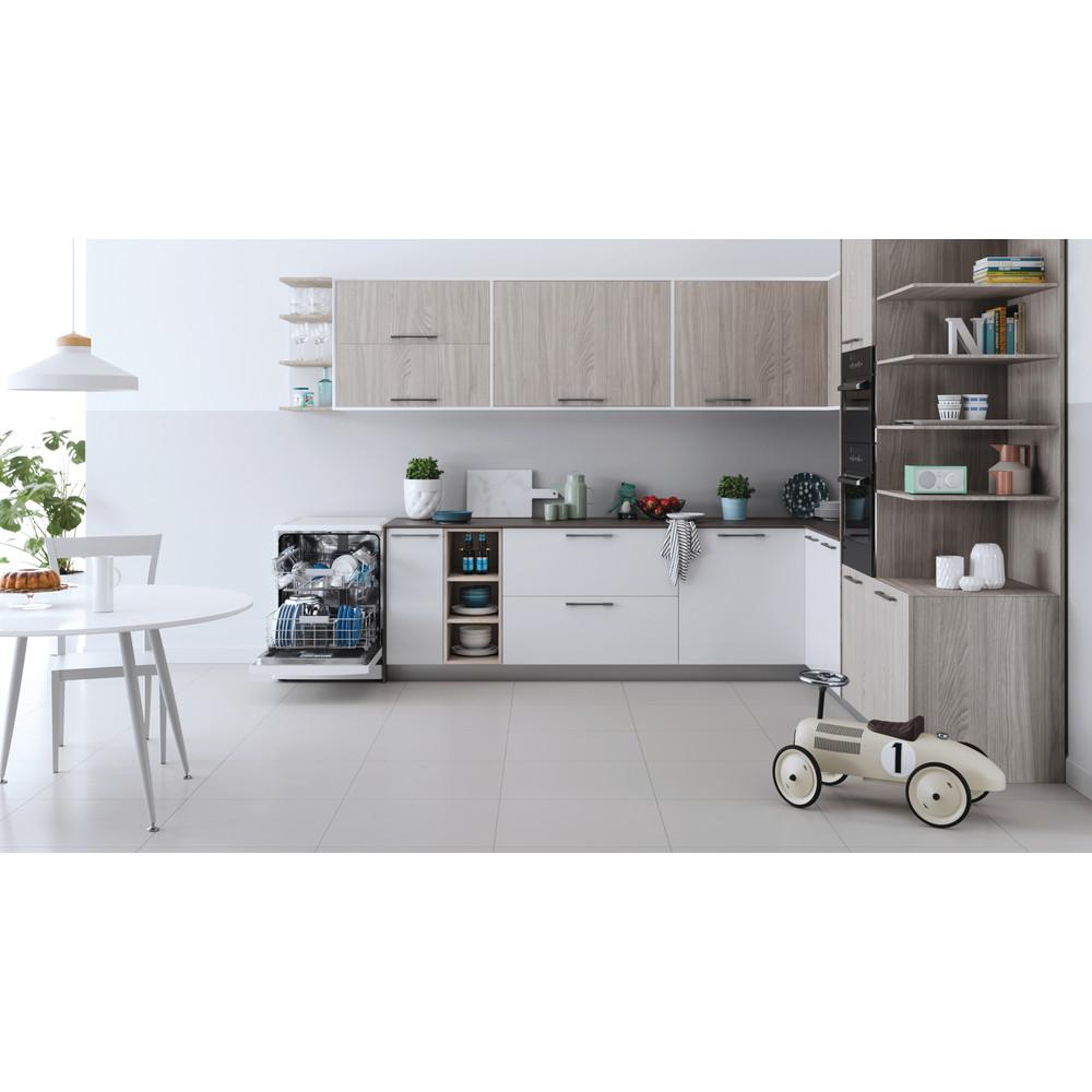 Indesit Lave-vaisselle Pose-libre DFC 2C24 A Pose-libre E Lifestyle frontal open