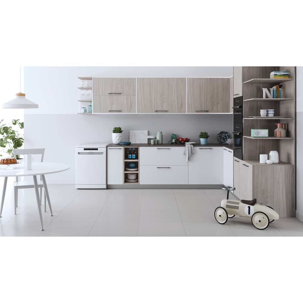 Indesit Посудомоечная машина Отдельностоящий DFO 3T133 A F Отдельностоящий A Lifestyle frontal