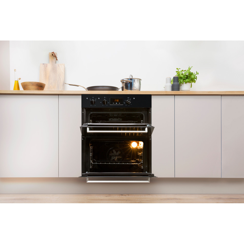 Indesit Double oven IDU 6340 BL Black B Lifestyle frontal open