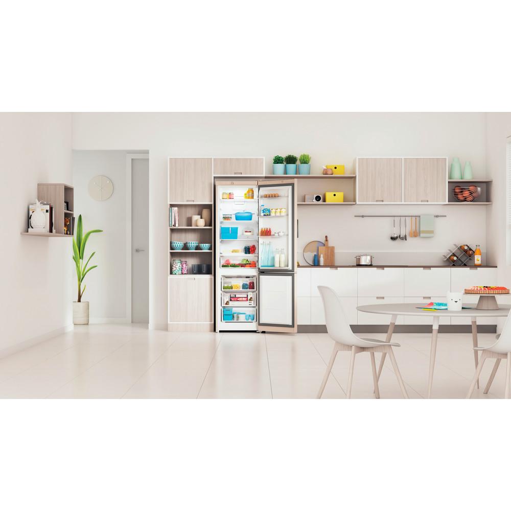 Indesit Холодильник с морозильной камерой Отдельностоящий ITS 4200 E Розово-белый 2 doors Lifestyle frontal open