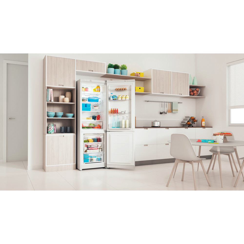 Indesit Холодильник с морозильной камерой Отдельностоящий ITS 4180 W Белый 2 doors Lifestyle perspective open