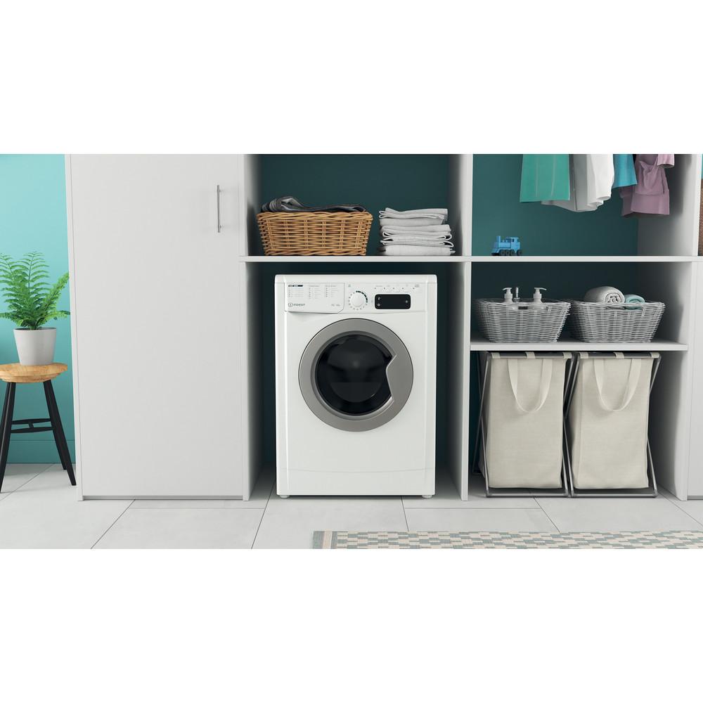 Indesit Kombineret vaskemaskine/tørretumbler Fritstående EWDE 761483 WS EE N Hvid Frontbetjent Lifestyle frontal