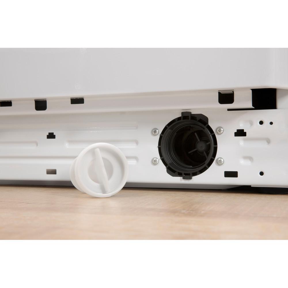 Indsit Maşină de spălat rufe Independent BWE 81284X W EU Alb Încărcare frontală A +++ Filter