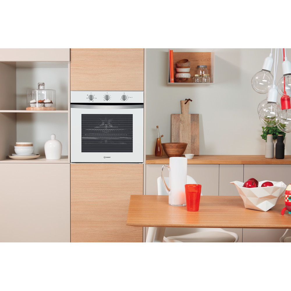 Indesit Horno Encastre IFW 4534 H WH Eléctrico A Lifestyle_Frontal