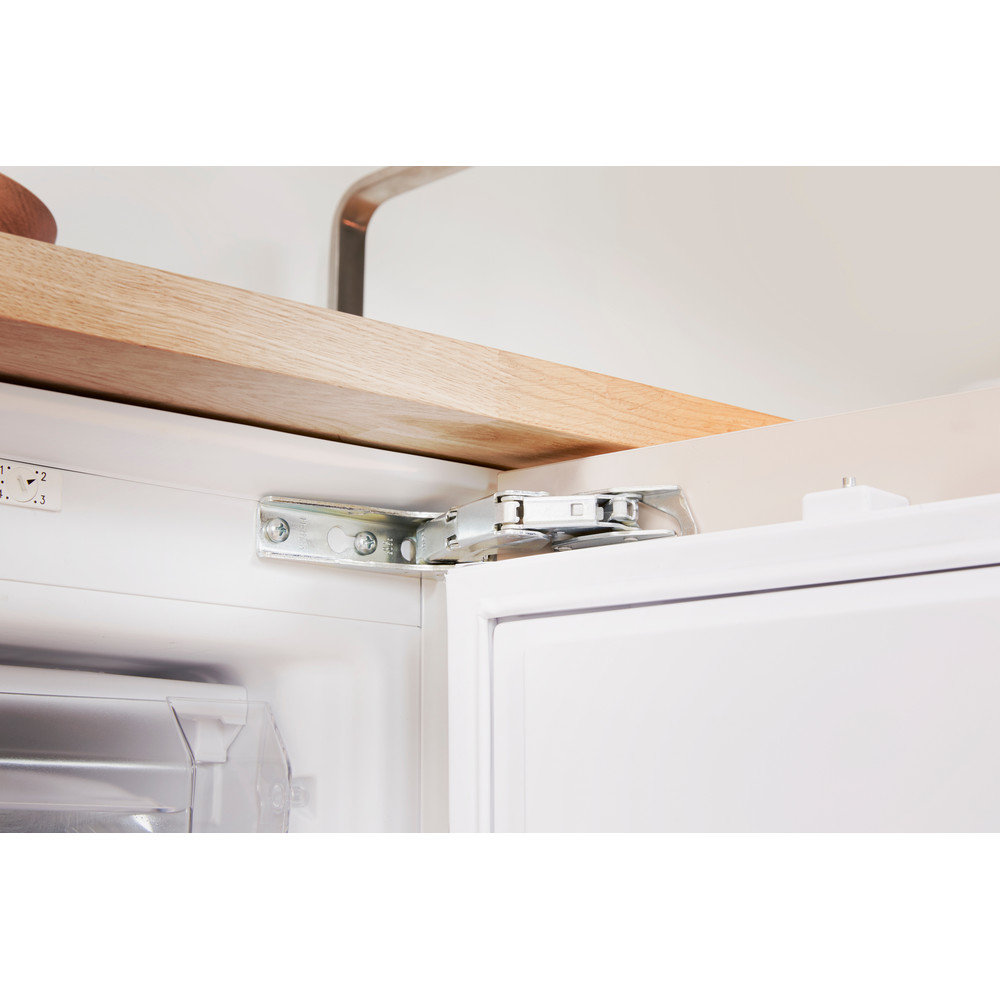 Indesit Freezer Built-in IZ A1.UK 1 Steel Lifestyle detail