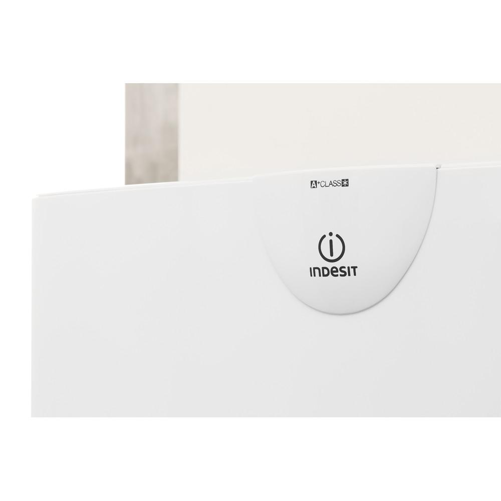 Indesit Combinado Livre Instalação RAA 24 N (EU) Branco 2 doors Lifestyle detail