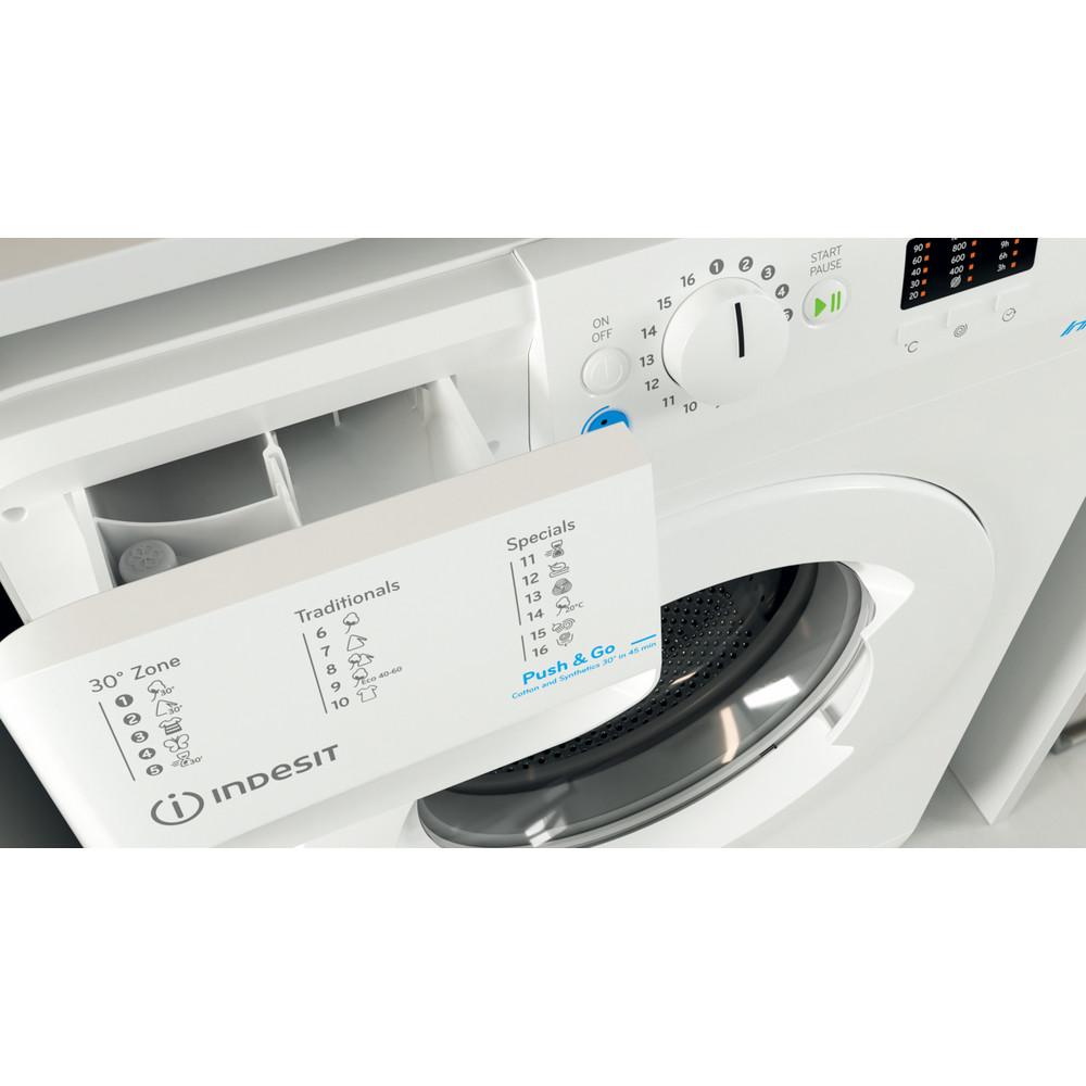 Indesit Veļas mazgājamā mašīna Brīvi stāvošs BWSA 61051 W EU N Balts Priekšējās ielādes F Drawer