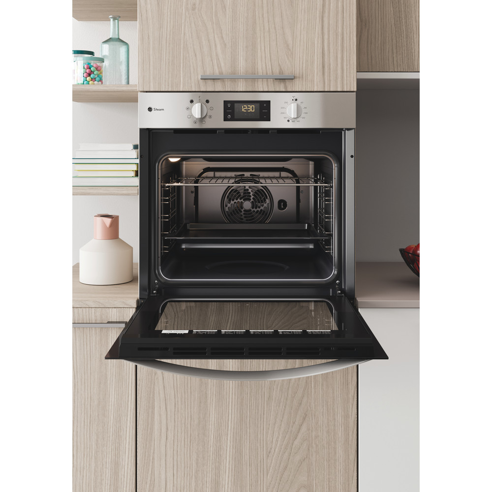 Indesit OVEN Built-in DFWS 5544 C IX UK Electric A Lifestyle frontal open