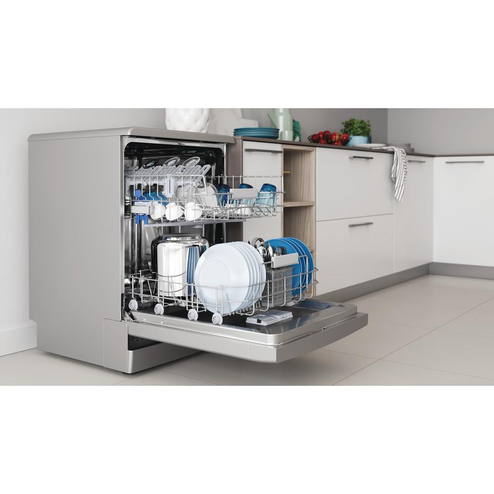 Indesit Посудомоечная машина Отдельностоящий DFC 2B+16 S Отдельностоящий A Lifestyle perspective open