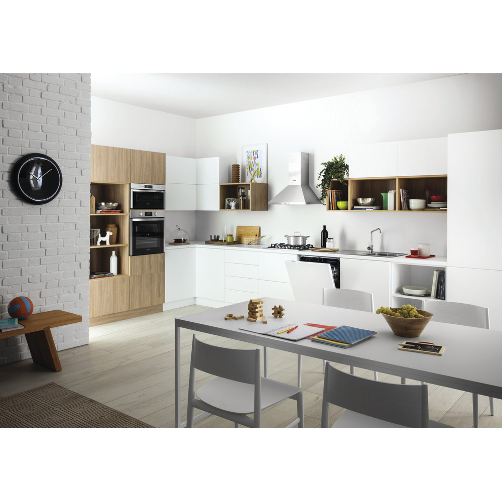 Indesit Microwave Built-in MWI 5213 IX UK Inox Electronic 22 MW+Grill function 750 Lifestyle perspective
