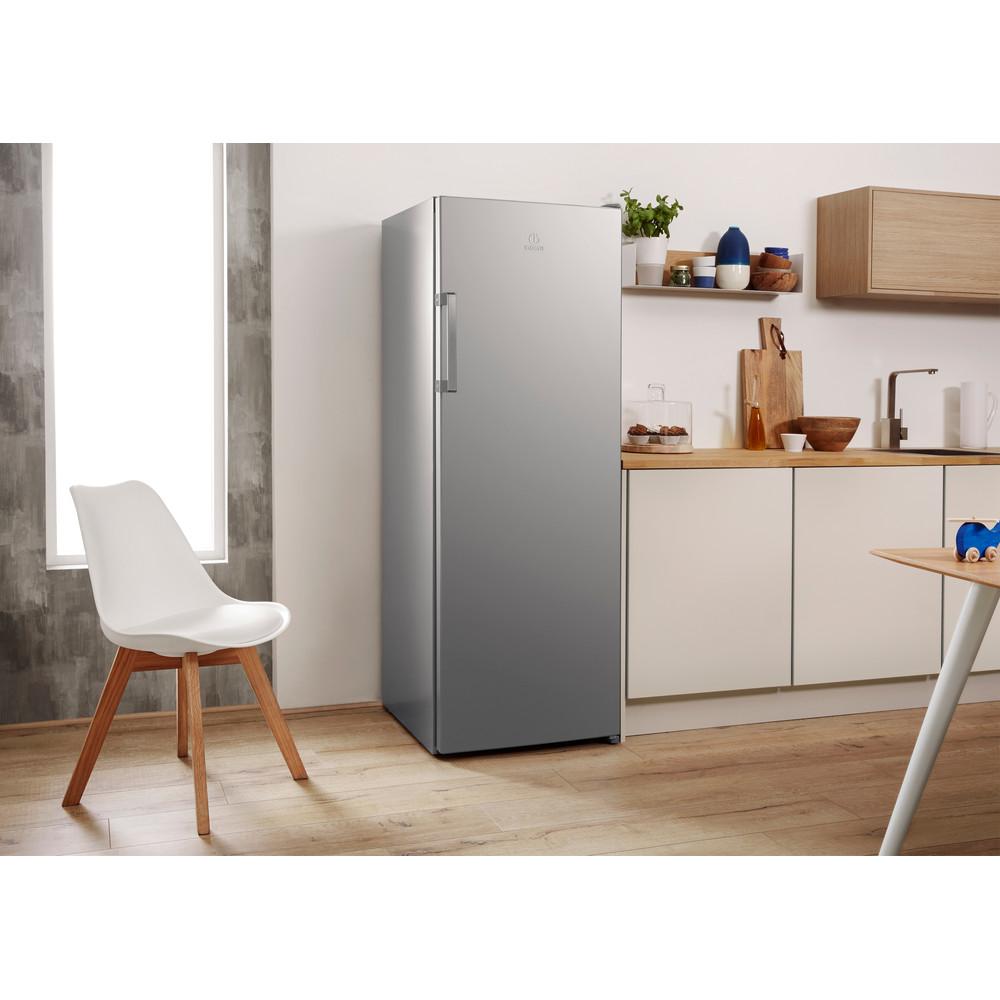 Indesit Kühlschrank Freistehend SI6 1 S Silber Lifestyle perspective