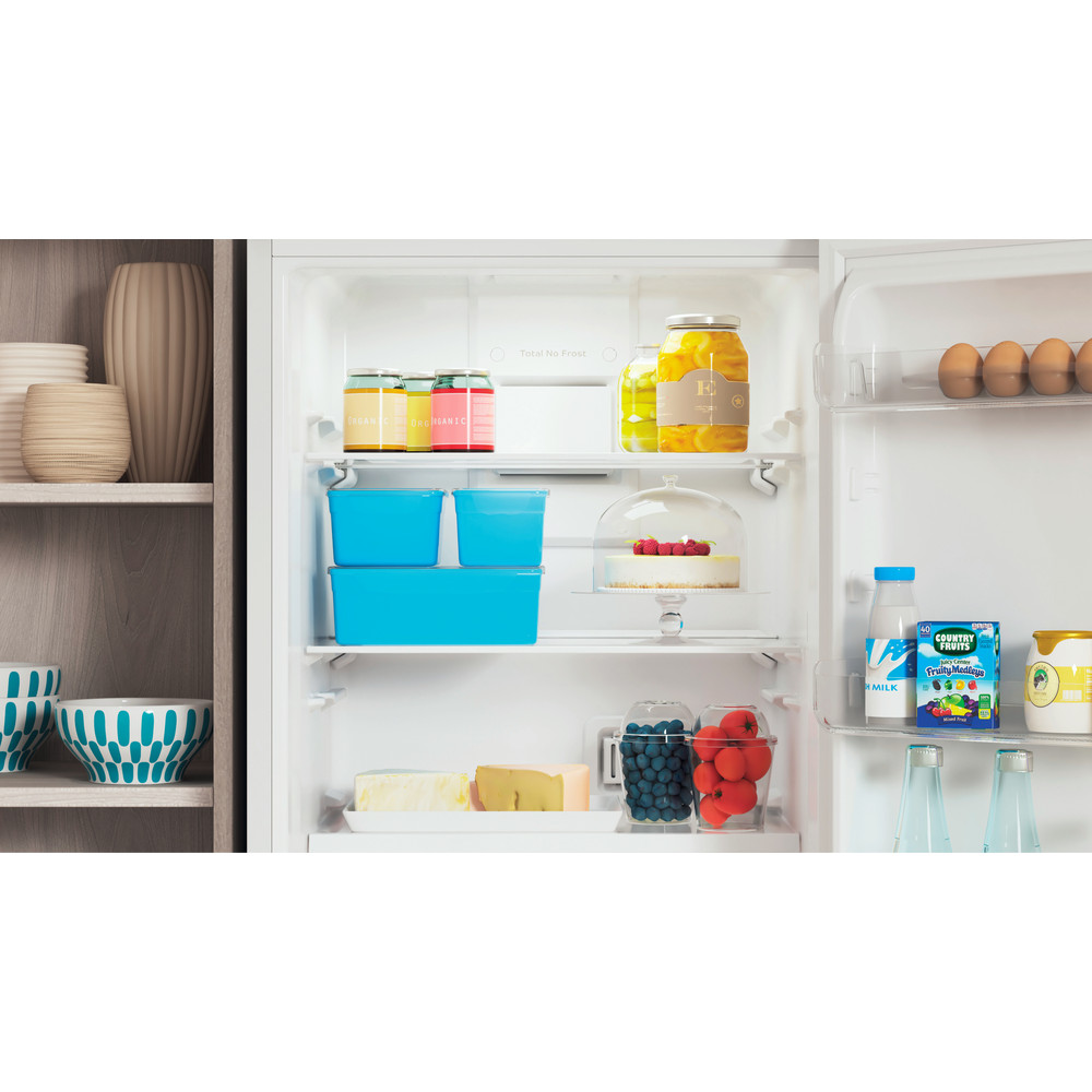 Indesit Холодильник с морозильной камерой Отдельностоящий ITR 4160 W Белый 2 doors Lifestyle detail