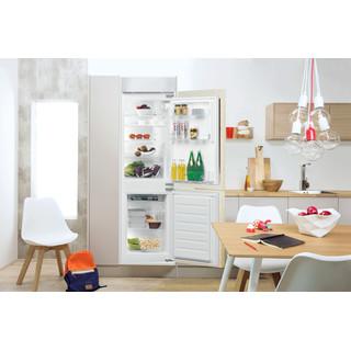 Indesit Combinazione Frigorifero/Congelatore Da incasso B 18 A1 D S/I 1 Bianco 2 porte Lifestyle frontal open