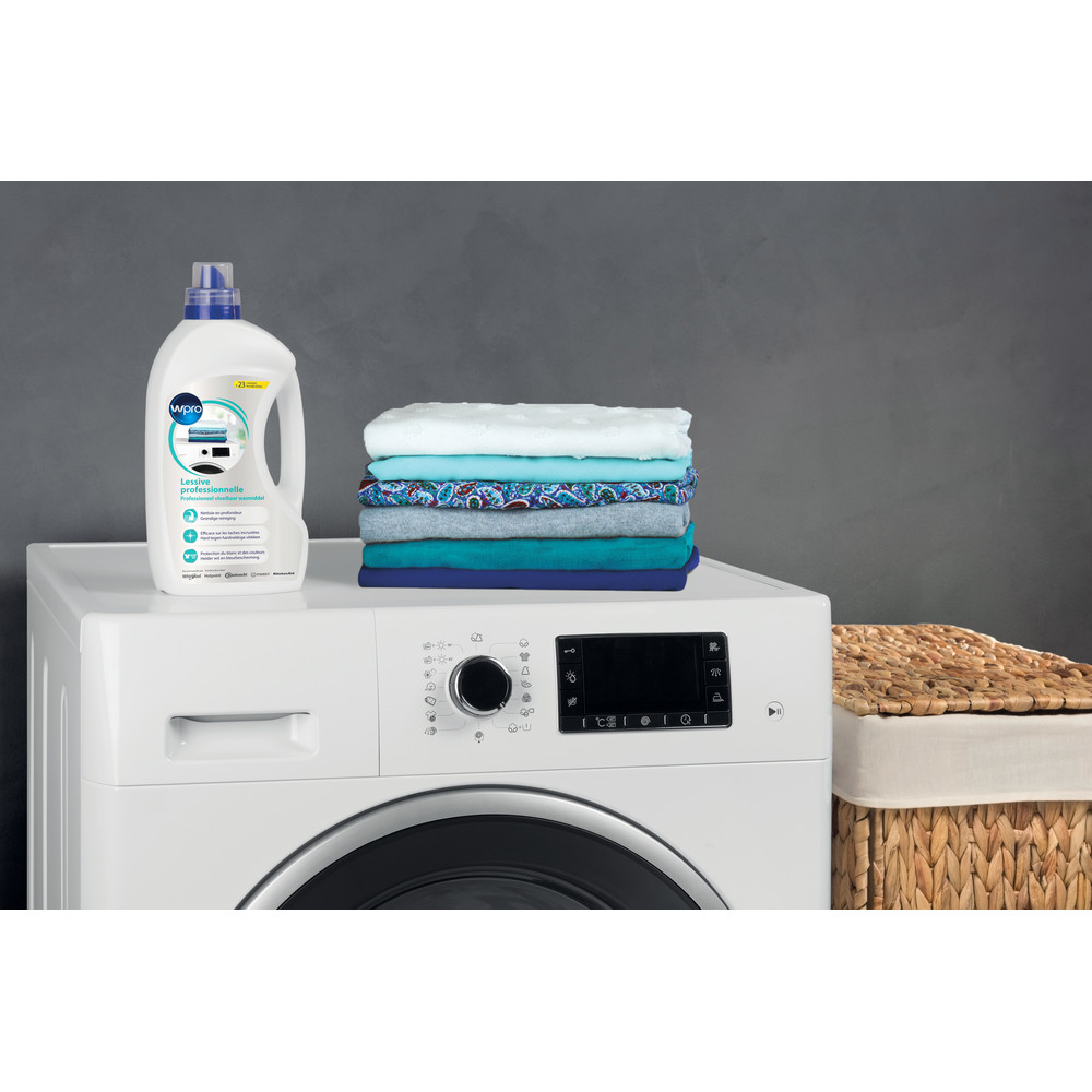 Indesit WASHING WML100 Lifestyle_Detail
