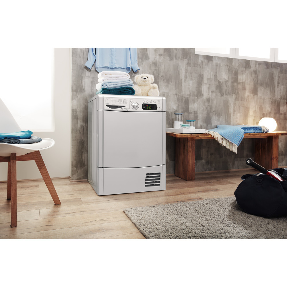 Indesit Dryer IDCE 8450 BS H (UK) Silver Lifestyle perspective