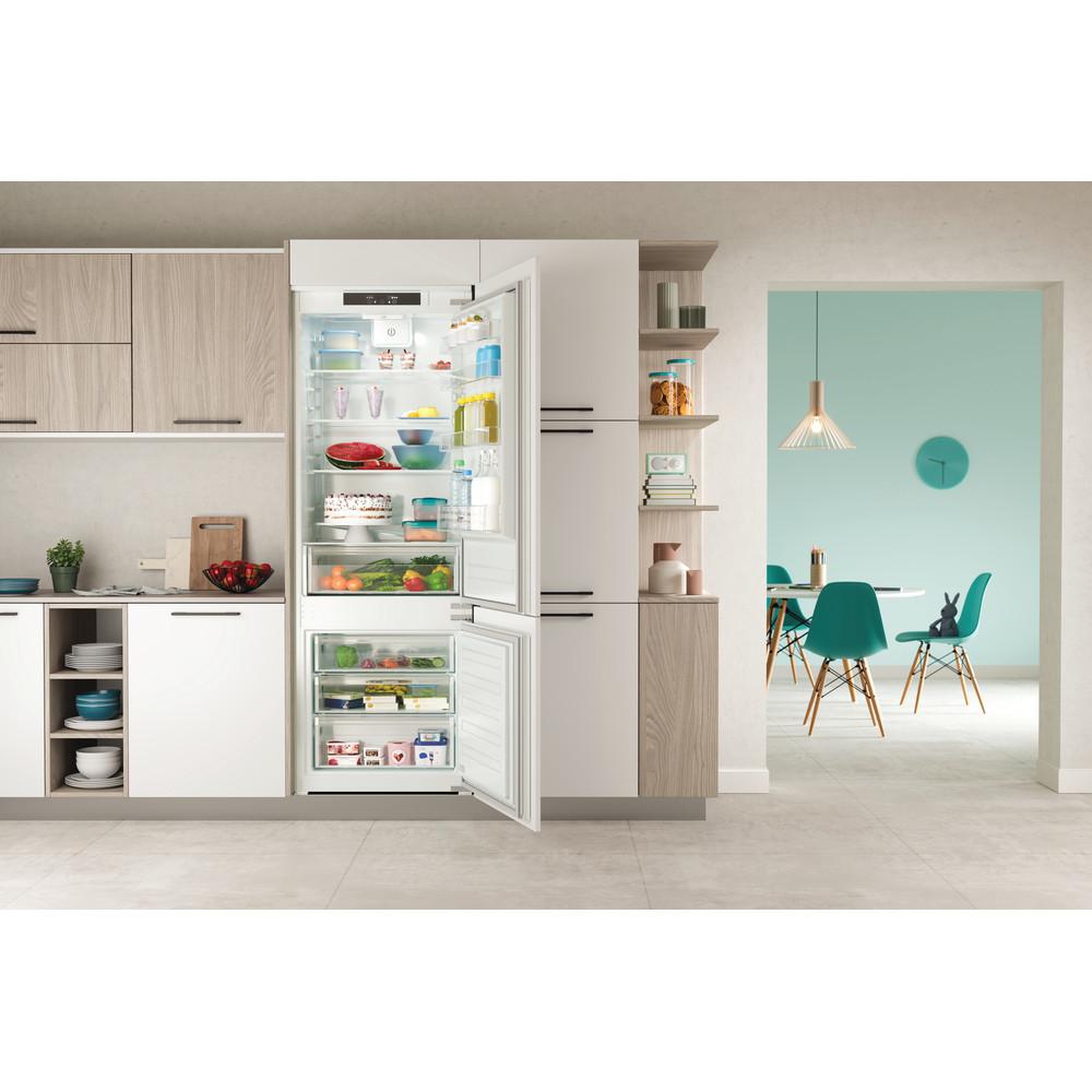 Indesit Combinazione Frigorifero/Congelatore Da incasso IND 401 Bianco 2 porte Lifestyle frontal open
