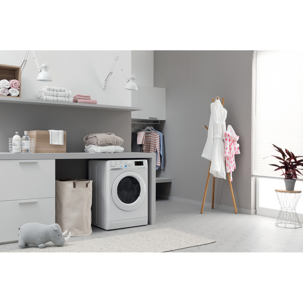 Indesit Washer dryer Free-standing BDE 961483X W UK N White Front loader Lifestyle perspective
