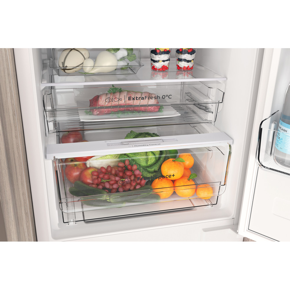 Indesit Combinazione Frigorifero/Congelatore Da incasso INC20 T332 Bianco 2 porte Drawer