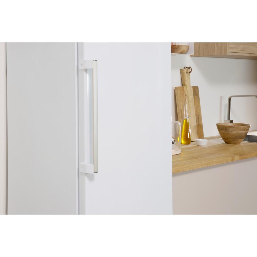 Indesit Jääkaappi Vapaasti sijoitettava SI8 A1Q W 2 Polar white -valkoinen Lifestyle detail