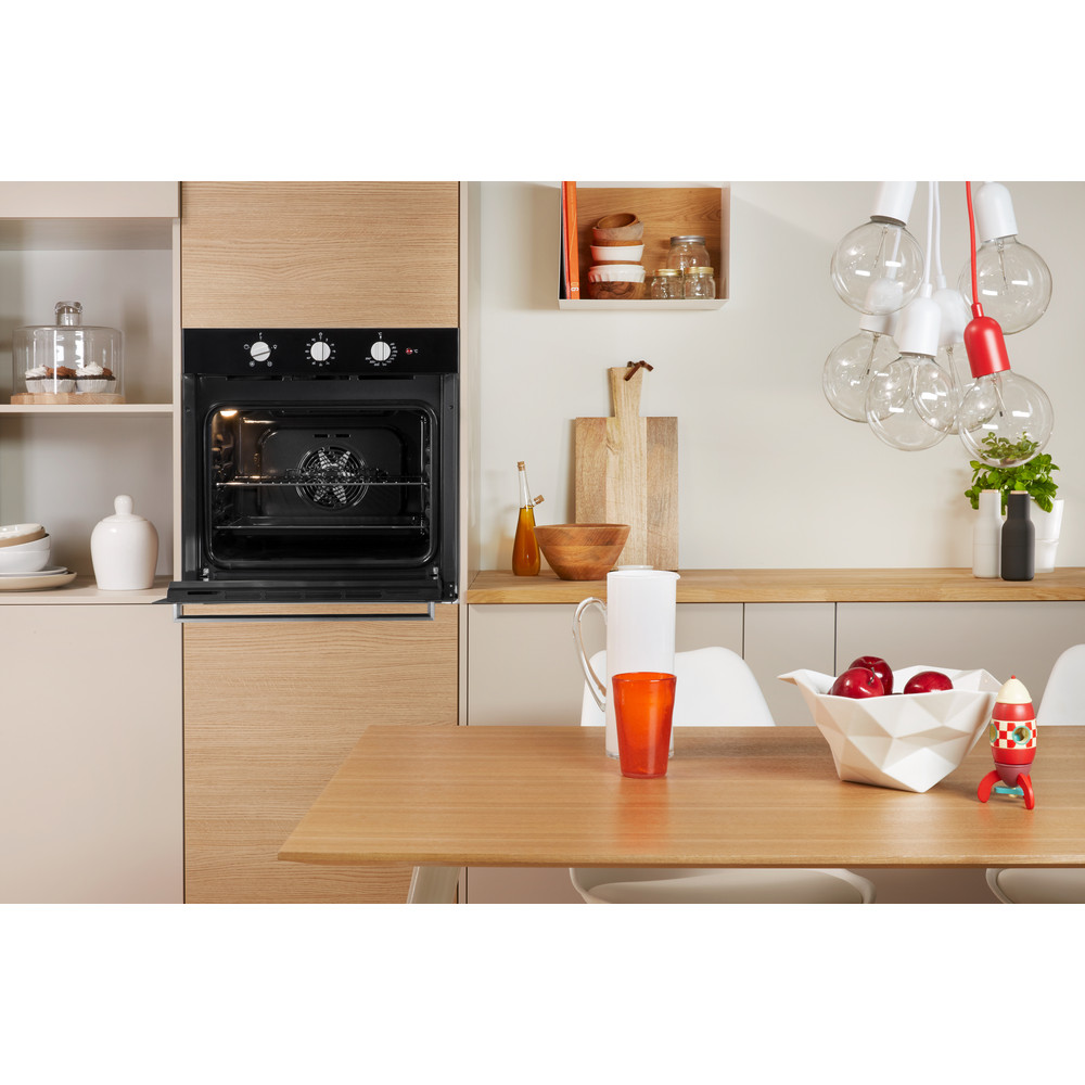 Indesit OVEN Built-in IFW 6330 BL UK Electric A Lifestyle_Frontal_Open