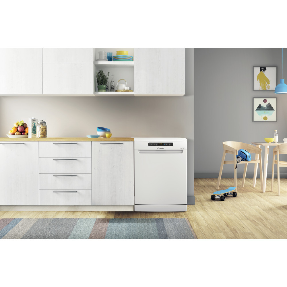 Indesit Dishwasher Free-standing DFO 3T133 F UK Free-standing D Lifestyle frontal