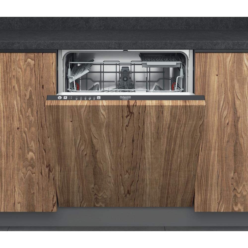 Hotpoint_Ariston Посудомоечная машина Встраиваемая HIE 2B19 C N Full-integrated A Frontal