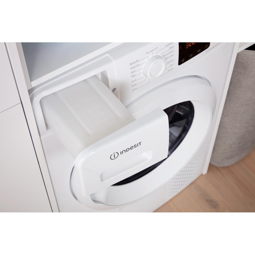 Indesit Dryer YT M11 82 X UK White Drawer