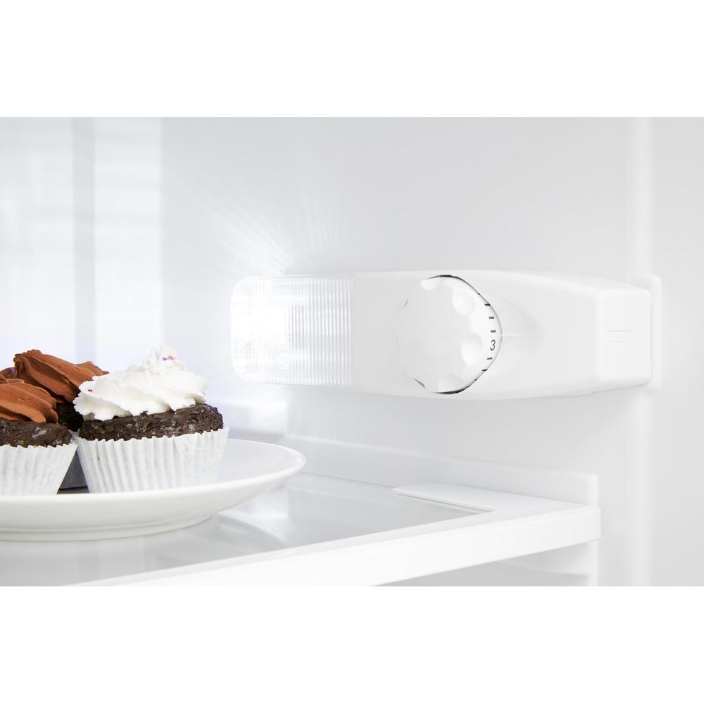 Indesit Combinación de frigorífico / congelador Libre instalación TAA 5 1 Blanco 2 doors Lifestyle control panel