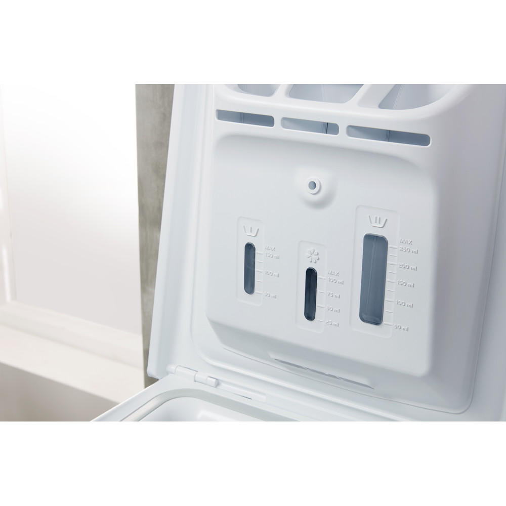 Indesit Пральна машина Соло BTW E71253P (EU) Білий Top loader A+++ Drawer