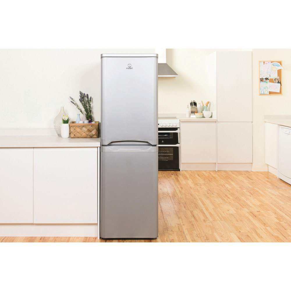 Indesit Fridge Freezer Free-standing IBD 5517 S UK 1 Silver 2 doors Lifestyle frontal