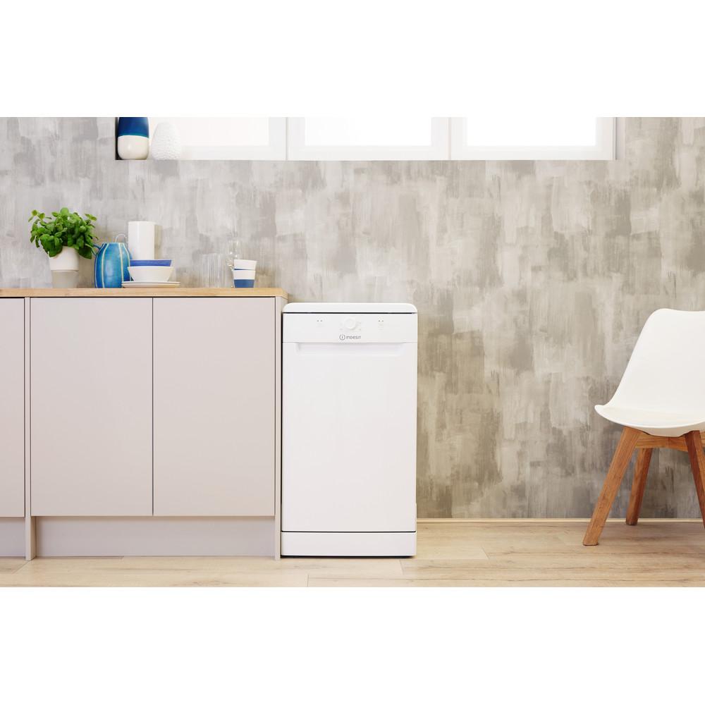 Indesit Посудомоечная машина Отдельно стоящий DSFE 1B10 Отдельно стоящий A+ Lifestyle frontal